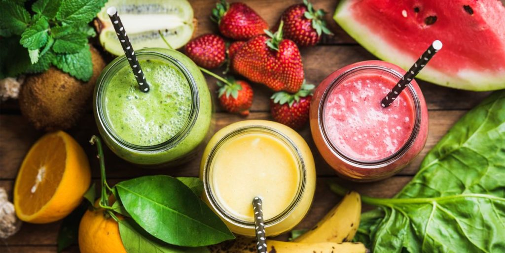 Best snacks and smoothies for runners